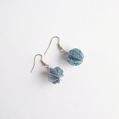 Boucles d'oreille papier bleu blanc