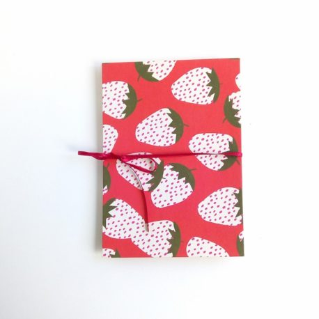 album photo accordéon, décor fraise